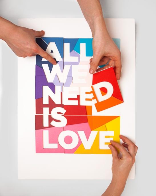 LOVE_HANDS1